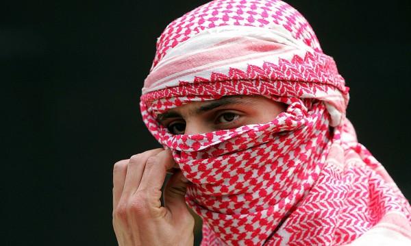 Синът на Осама призова саудитците да свалят режима