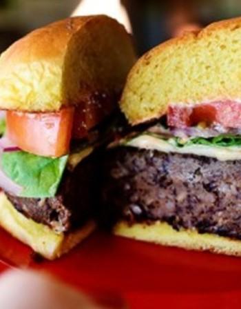 Рецептата Dnes:  Бургер с черен боб