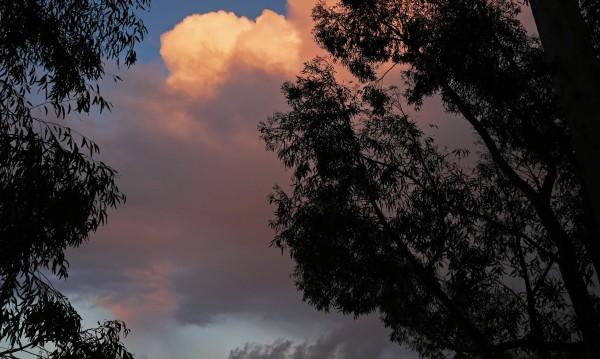 Денят почва със слънце, но ще завърши с бури