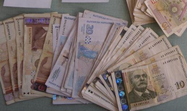 """Баба от Смолян даде 5 хил. лв. за """"операция"""""""