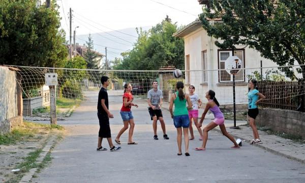 Кунева разписа: 7 ваканции в училище догодина!