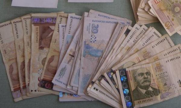 Задържаха данъчен с подкуп в Сливен