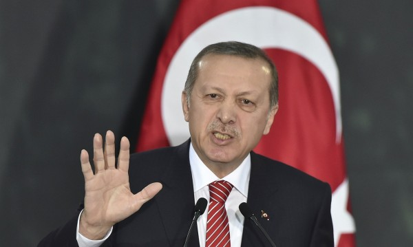 """Ердоган ще """"откъсне с корена"""" кюрдската партия """"Демократичен съюз"""""""