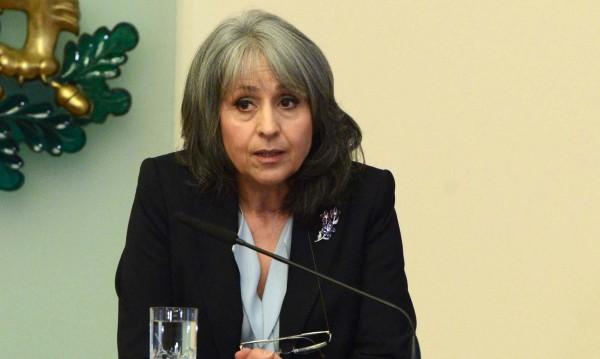Попова: Да бъдем политици, които работят срещу разделенията