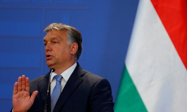 Възхваляват унгарския премиер Орбан в учебник по история