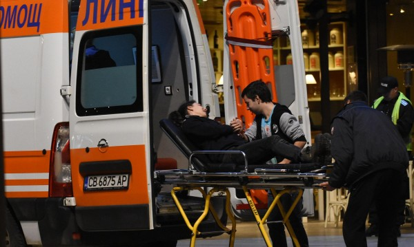 Двама загинаха след падане с делтапланер в Казанлък