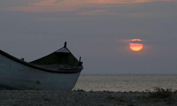 Граничари спасиха бедстваща лодка край Царево