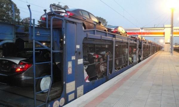 Спипаха 32 мигранти във вагон-автовоз на Капитан Андреево