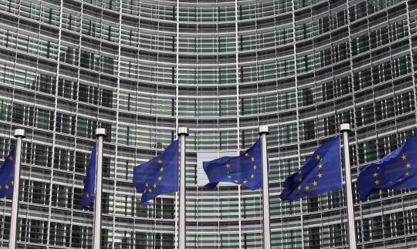 ЕК: BG да приложи правилата за намаляване цените за високоскоростен интернет