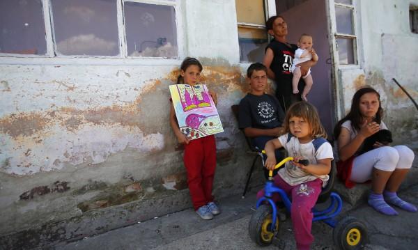 До 3 години 25% от пазара на труда – роми!