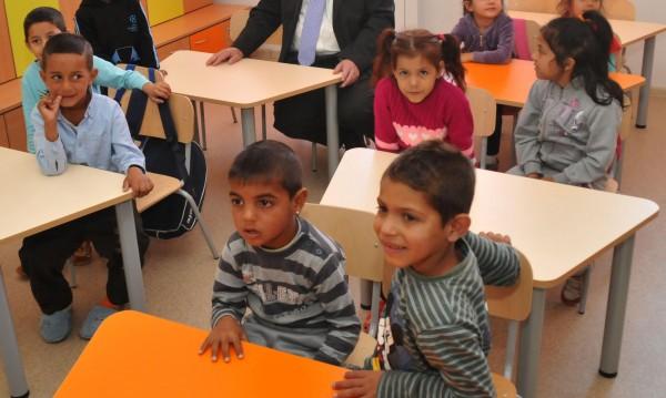 Напрежение и сред ромите за стипендиите от МОН