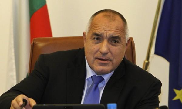 """Борисов до """"моите"""" депутати: Подам ли оставка, гласувате я!"""