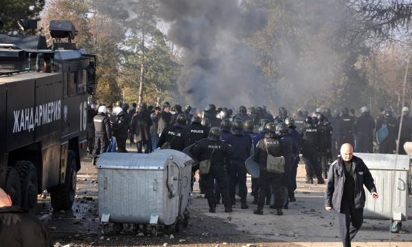 Бунтът в Харманли заради новия режим, бежанците искали свобода