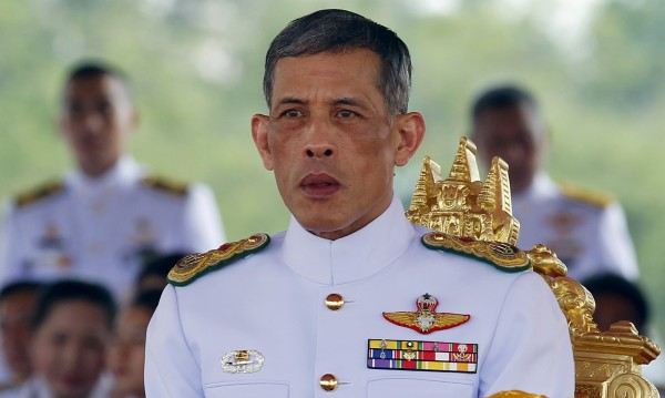 Трудностите пред новия крал на Тайланд - национални и лични