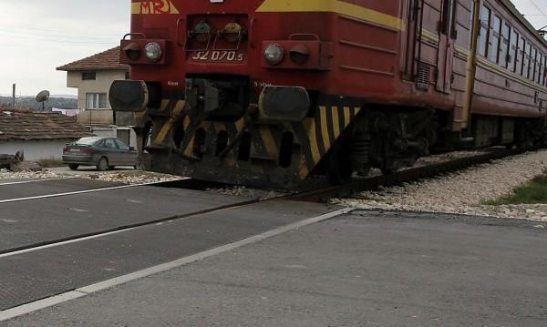 Дървеници налазиха влака от Мездра, БДЖ ги умори