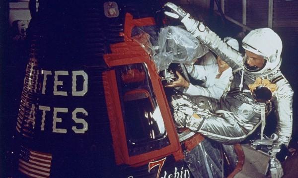 Почина Джон Глен – първият US астронавт в орбитата на Земята