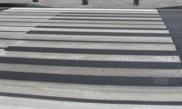 Две деца пострадаха на пешеходни пътеки в Русе