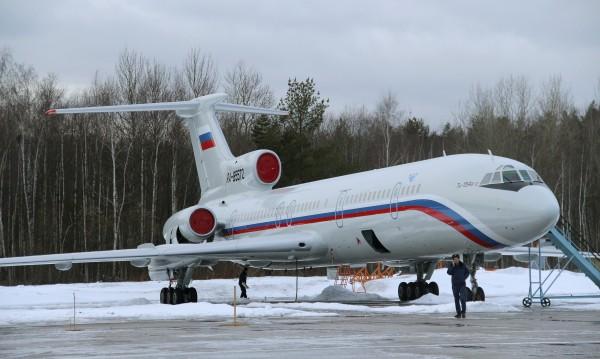Русия спира полетите на самолети Ту-154