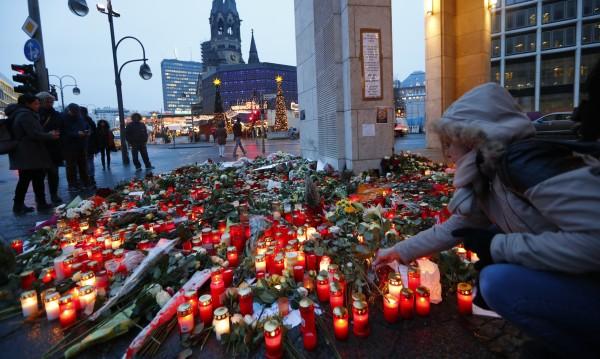 Мотивацията на терористите – идеологическа, но и финансова