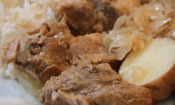 Рецептата Dnes: Свинско с кисело зеле