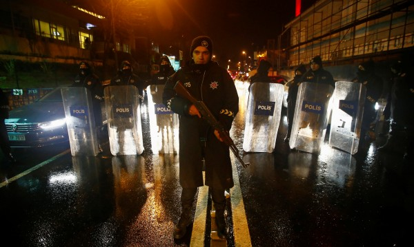 Жертвите в Истанбул са 39, 16 от тях – чужденци