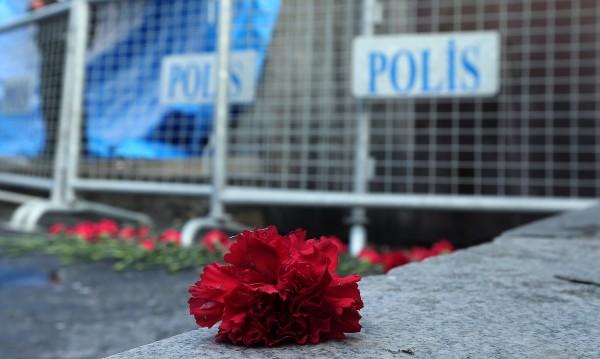 Ранената българка в Истанбул със засегнат бял дроб и гръбнак