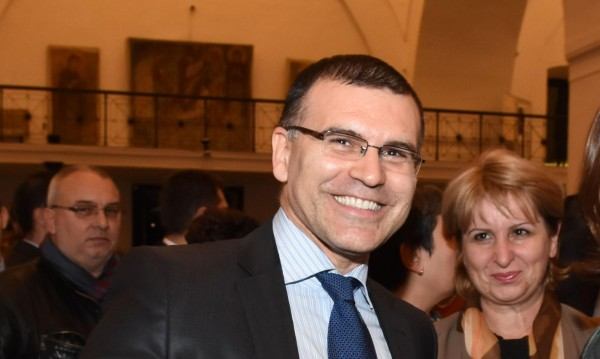 Прокуратурата издирва Дянков, повдига му обвинение