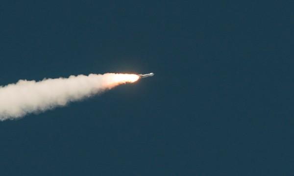 НАСА с две мисии за изследване на астероиди