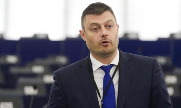 Бареков – политик? Не на всяка цена!