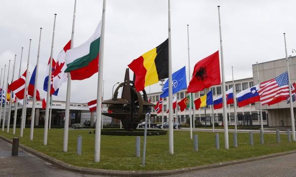 Британски генерал: НАТО не може да се справи с Русия