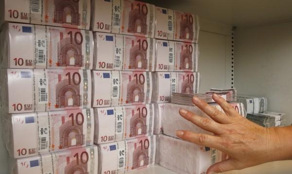 Френската крайна десница без пари. Пак ли Русия ще помага?