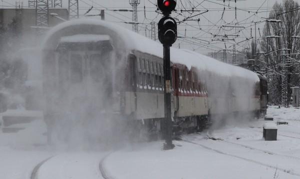 Влаковете към Варна – с над 200 минути закъснение!