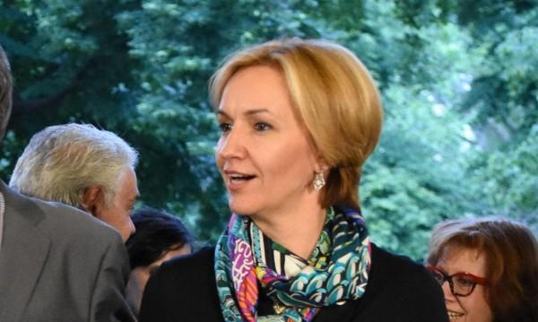 Гергана Паси заема мястото на Георгиева като еврокомисар?