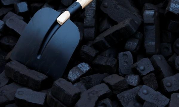 Замръзнаха въглищата на ТЕЦ-Перник, градът без топло