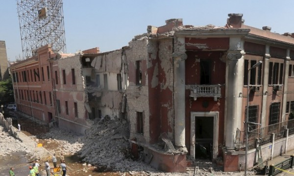 Осем полицаи убити при нападение в Египет