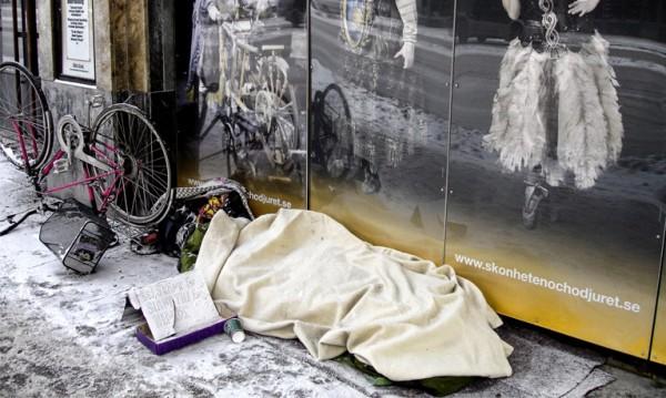 Зимата, студът... и жертвите им в Европа