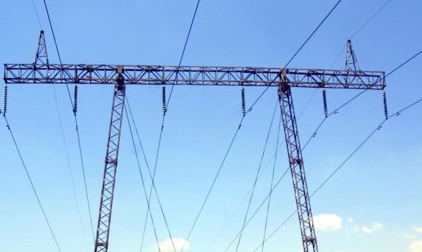 Прогнозират рекордно потребление на ток днес