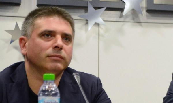 ГЕРБ и референдумът се препънаха в правната комисия