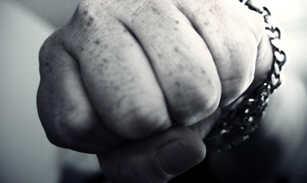 Руската Дума реши: Да биеш близките си не е престъпление!