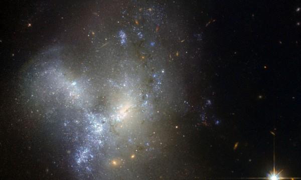 Най-далечните звезди в Млечния път вероятно са откраднати от друга галактика