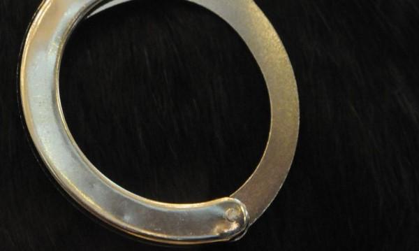 Мъж нанесе побой на 6-годишно, счупи му ръката