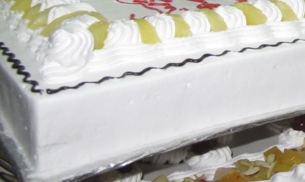 Баба Радка празнува 102 с широка усмивка