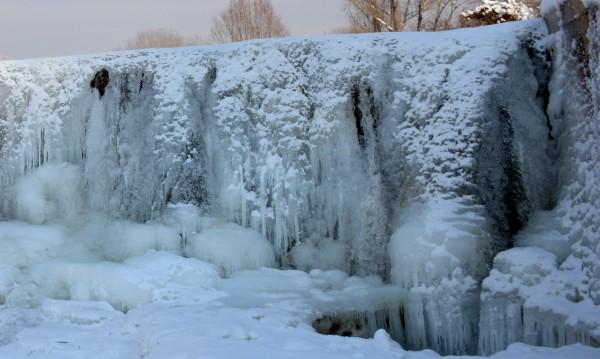 Къде ли е по-хладно – Северният полюс или Златица?