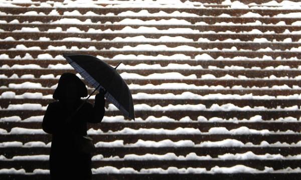 Снегът се завръща, сибирският студ – не!