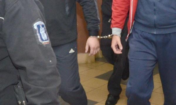 Петима от задържаните митничари - в ареста за 72 часа