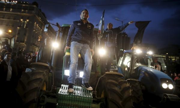 Гръцките фермери готови за нови блокади от 23 януари