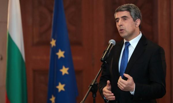 Плевнелиев със заръки към Радев: да промени тезата си за Крим