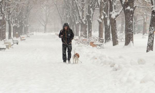 Снегът се завръща, градусите пак под нулата