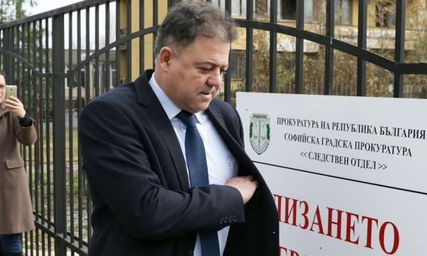 Съдят Ненчев заради МиГ-овете, внасят днес обвинението