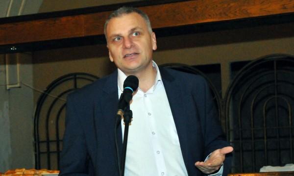 Най-накрая и Петър Курумбашев стана евродепутат